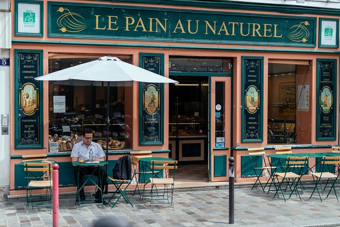 See, Taste & Explore! Parisian Must-Do Highlights Tour for your Family