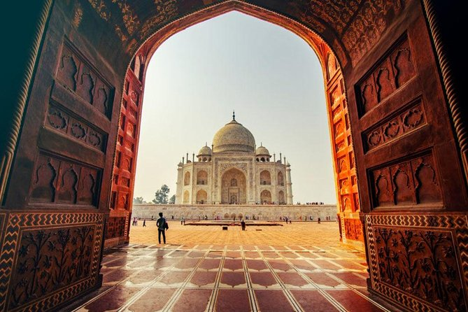 Private Agra Day Tour from Delhi by Superfast Train - All inclusive