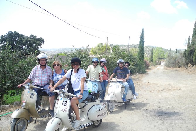 Classic scooter tour of the wine route
