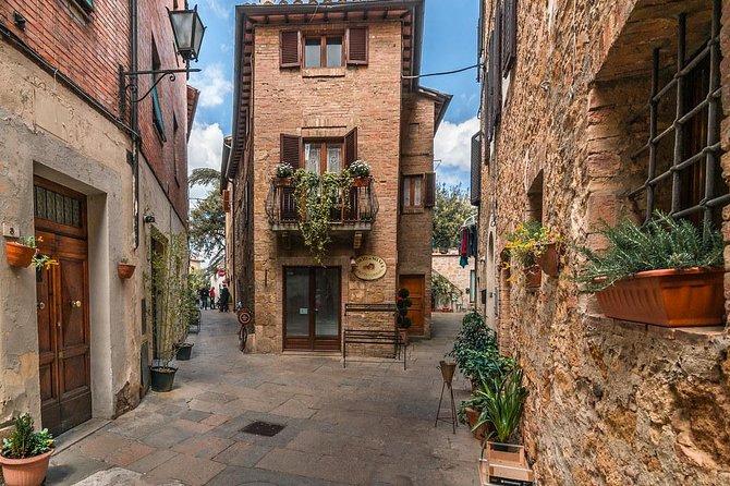 Private Transfer: Civitavecchia Port to Pienza or vice versa