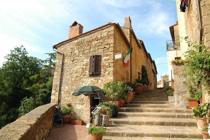 Private Transfer: Rome City to Pienza and vice versa