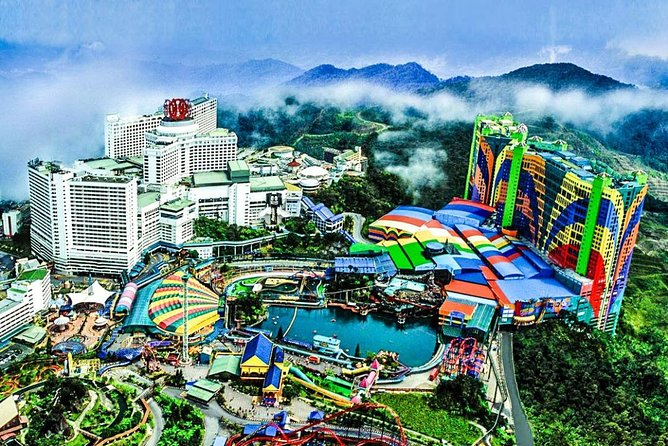 Chauffeur: Genting Highlands to Singapore Car Transfer