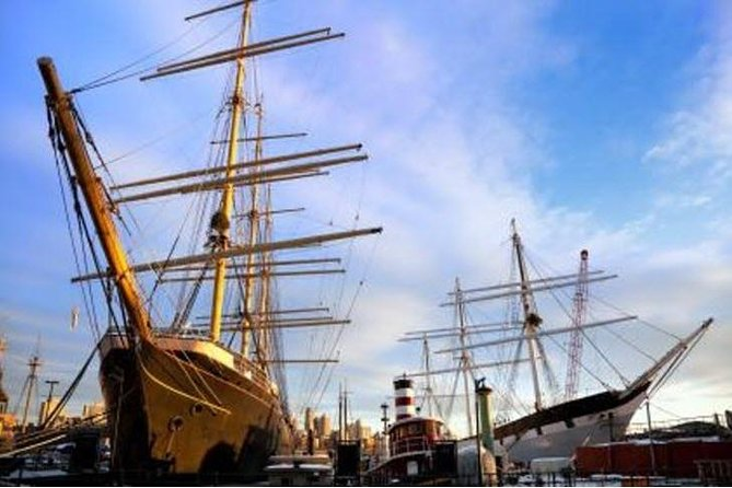 New York's Historic South Street Seaport Walking Tour