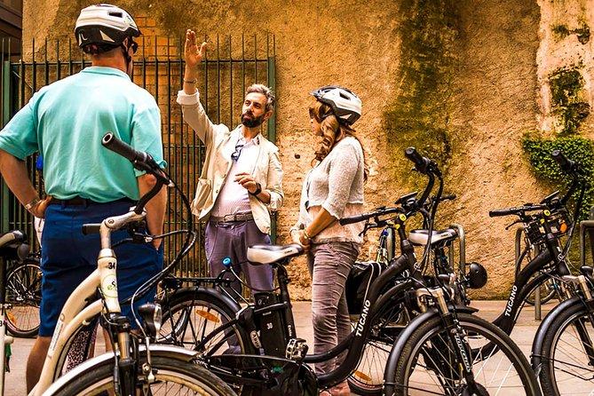Barcelona E-bike Tour City Highlights