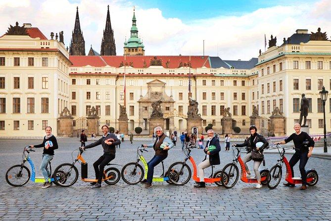 Prague: Group E-bike / E-scooter Tours