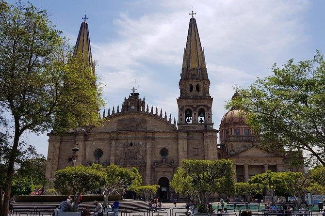 Guadalajara and Tlaquepaque Culture and Shopping