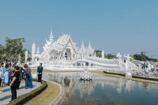 White Temple, Black House Museum and Hot Spring Tour from Chiang Mai