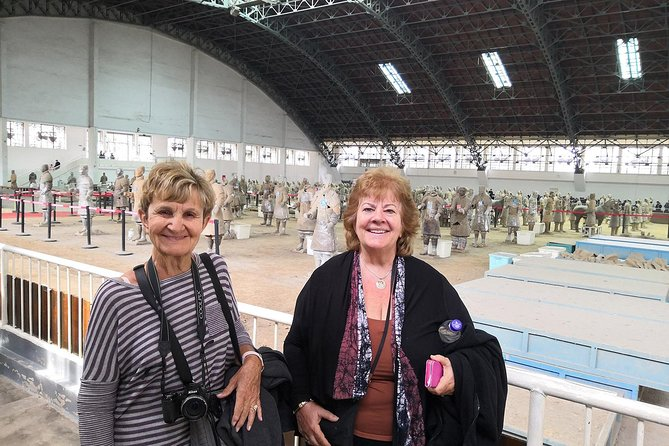 Half Day Terracotta Soldiers Tour with Round-trip Airport Transfer