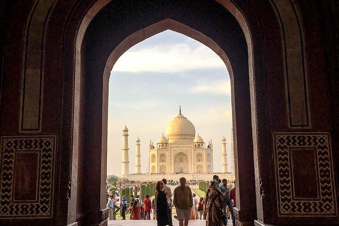 "Skip the line ""Taj Mahal"" & ""Agra Fort"" Tickets with live Tour Guide."
