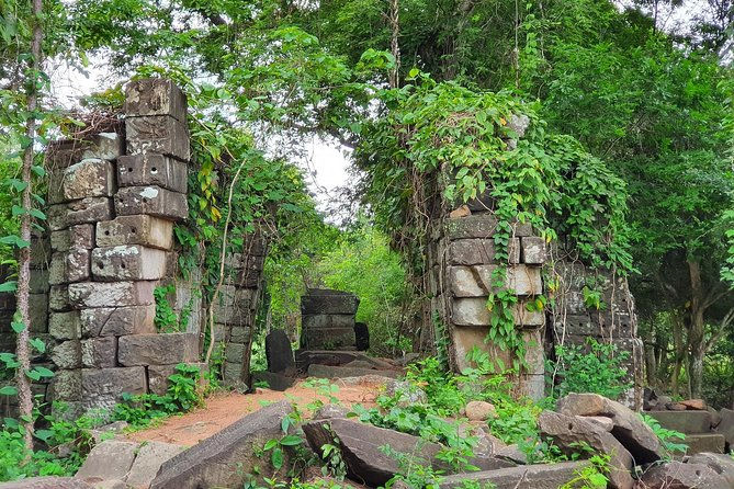 1 Day-Overland VIP Visit Banteay Chhmar Temple from Sem Reap