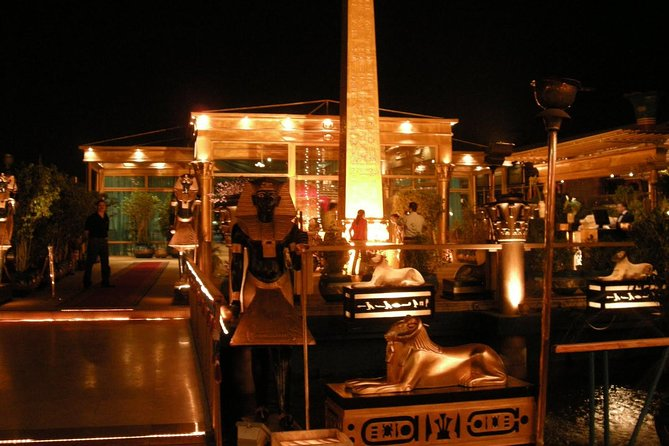 Evening Dinner Nile Cruise in Cairo with Private Transport