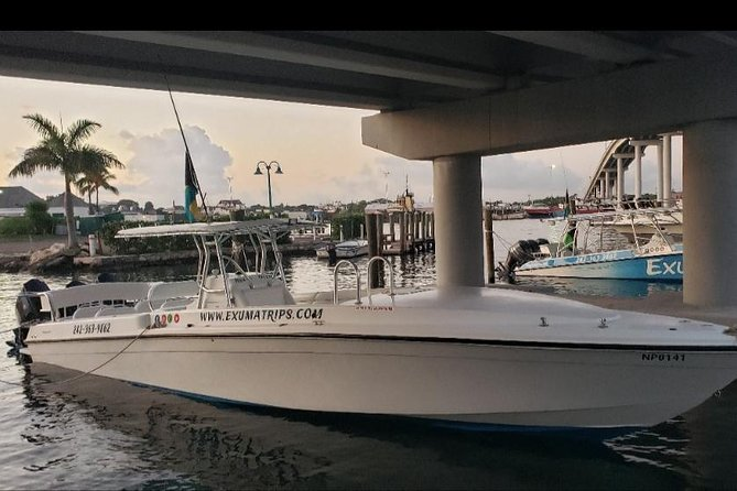 PowerBoat Rental in Nassau