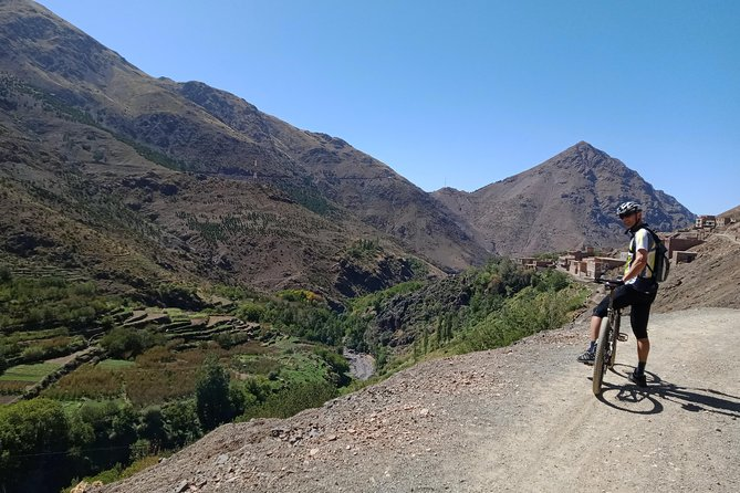 Bike through Berber villages and high Atlas valley 2 days