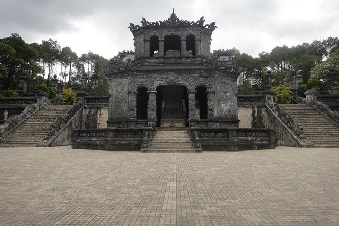 Hue City: Full-Day Tour From Hoi An With Lunch