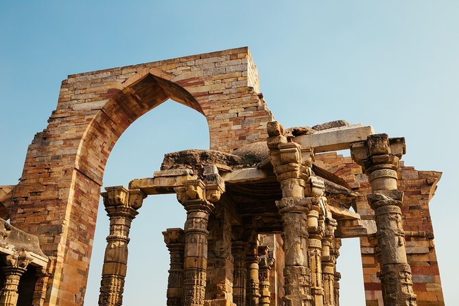 Modern Delhi with Ancient Rust (Guided Half-Day Sightseeing Tour)