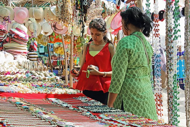 Bustling Markets of Delhi (Guided Half Day Shopping Tour) photo 8