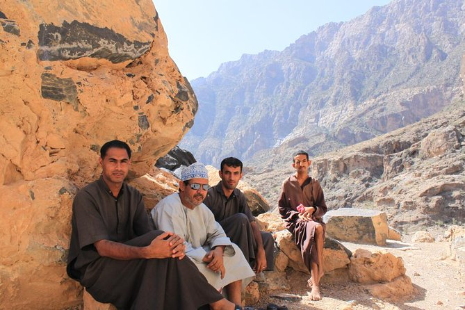 Wadi Sahtan (Day trip from Muscat) 4WD �Mandoos-The Chest of Oman