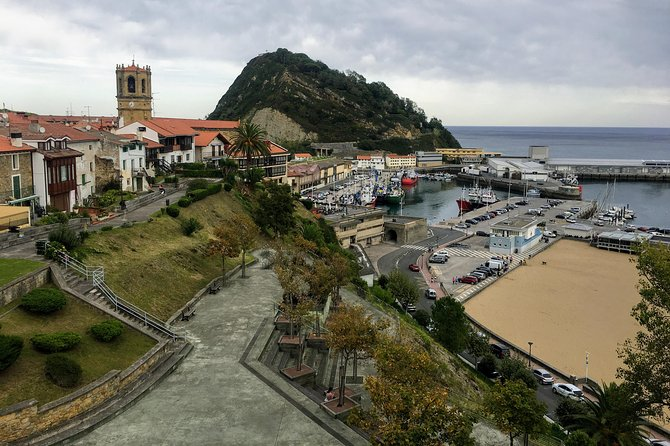 Private tour 3 beautifull Basque coast towns with pintxos tasting.