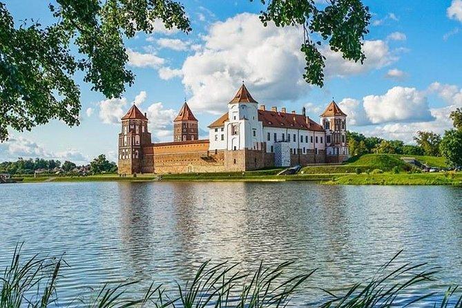 Shared Tour: Minsk - Nesvizh Palace - Mir Castle. English speaking driver