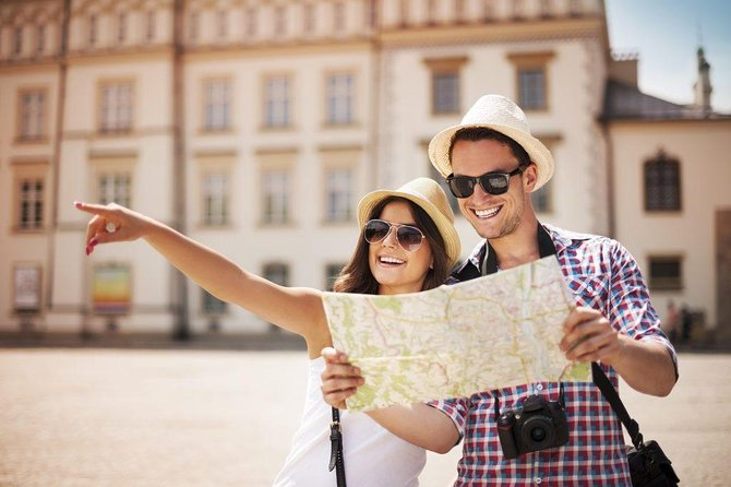 Private Door-to-door Transfer from Prague to Frankfurt with 2 Sightseeing stops