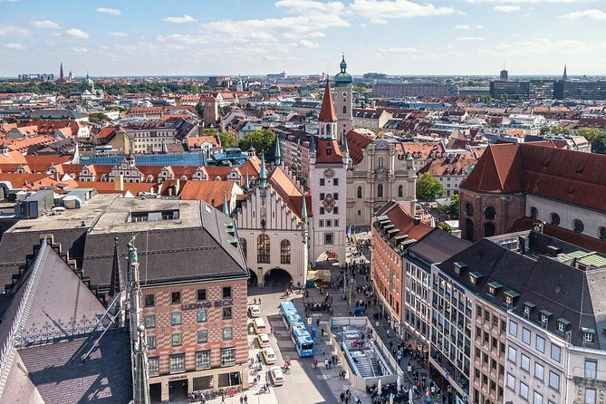 Private Scenic Transfer from Nuremberg to Munich with 4h of Sightseeing