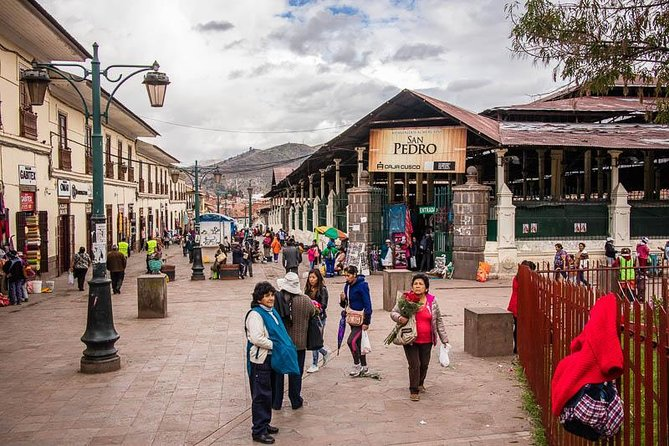 Cusco Markets and Ruins Small Group Tour photo 4