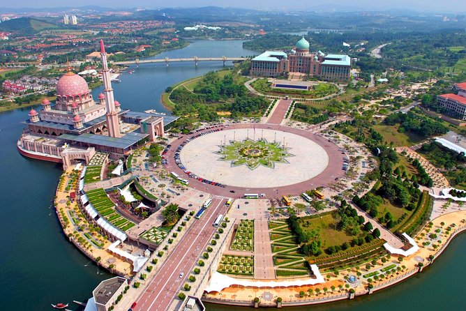 Putrajaya City Tour 4Hrs from Kuala Lumpur