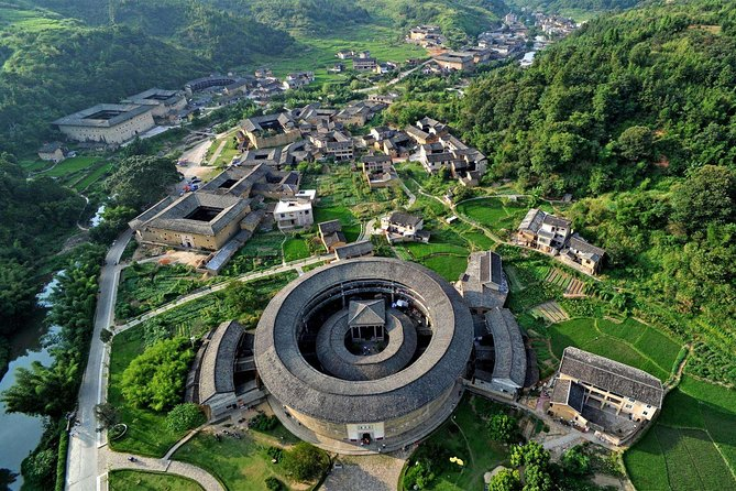 Xiamen Private Day Tour to Tianluokeng Tulou Cluster and Hongkeng Tulou photo 8
