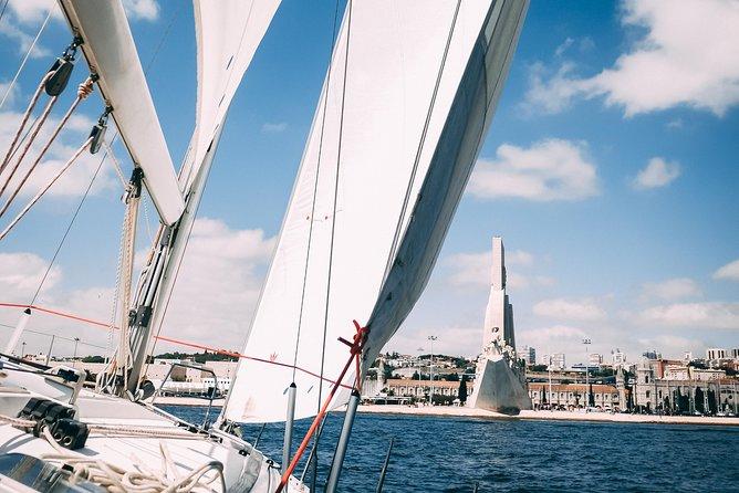 Sailing Sightseeing in Lisbon