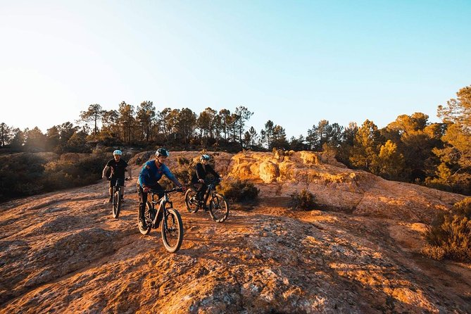 Want to adventure? Book your electric mountain bike with Guide - 1/2 day