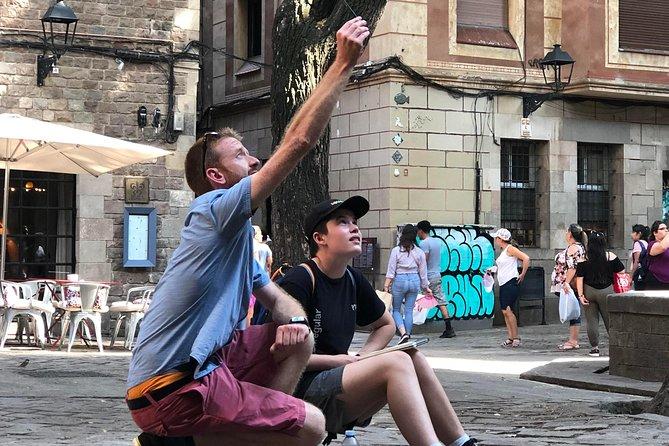 Explore Barcelona Through Drawing