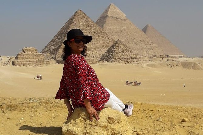 private guided tour to Giza, Sakkara, Memphis with dinner cruise