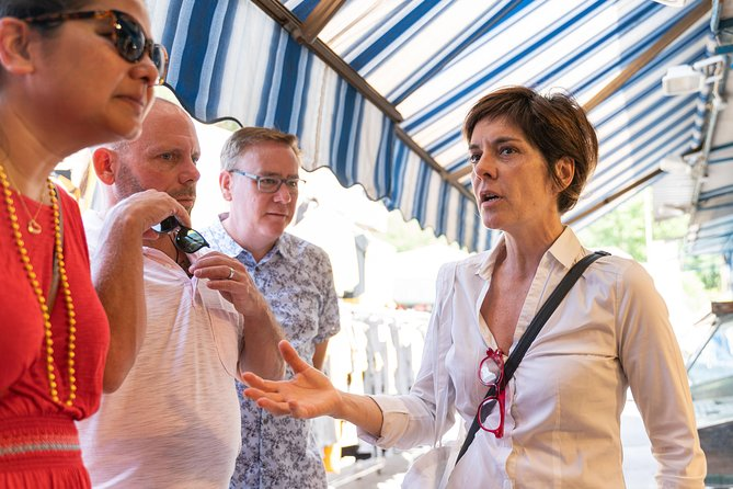 Small Group Market tour and Dining Experience at a Cesarina's home in Chieti