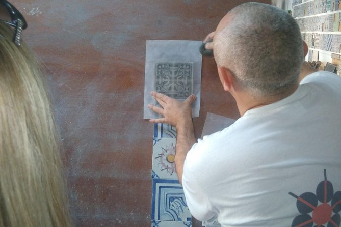 Portuguese Tiles History with a Wine Toast photo 4