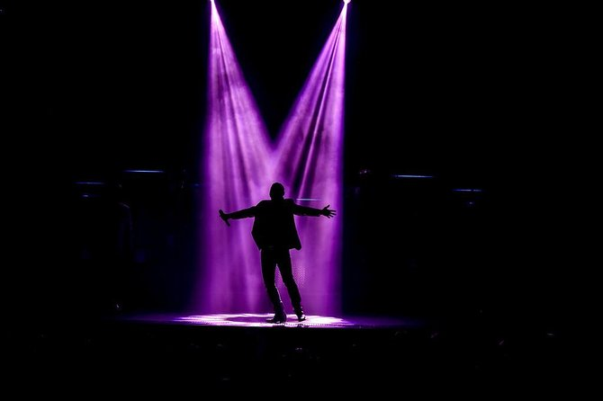 SIX Show in Branson