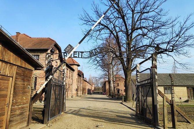 Auschwitz-Birkenau e mina de sal em um dia de Cracóvia