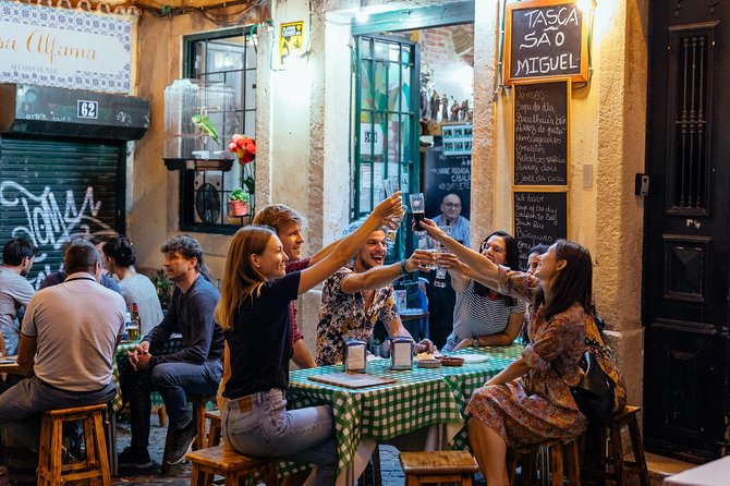 Private Vibrant Porto Nightlife Tour with a Local: Hotspots & Local Life photo 1