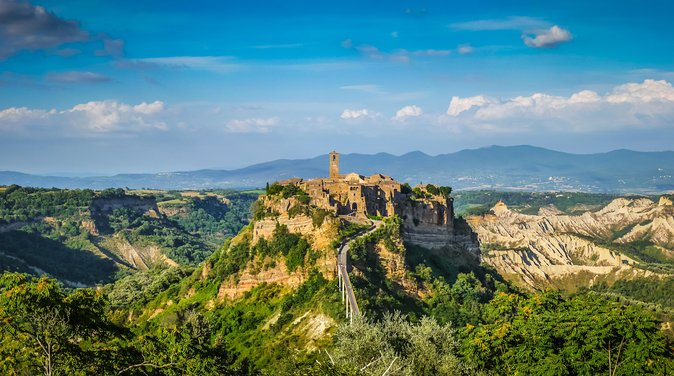 "Mystic Orvieto and the dying City "" Civita di Bagnoregio"""