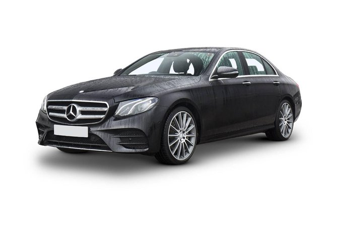 Executive Sedan Airport Transfer(Pickup Airport to Hotel/Residence) Christchurch