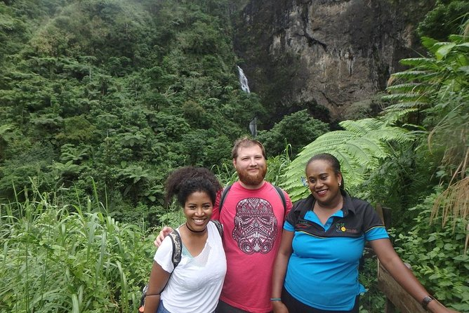 Nabalasere Waterfall Tour (Rakiraki)