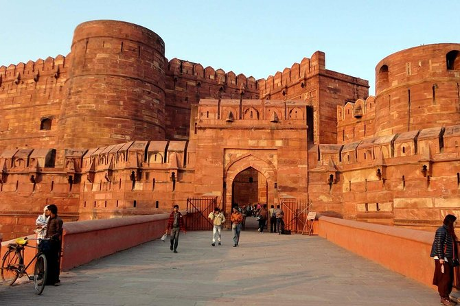Affordable transfer from Jaipur to Agra via Fatehpur Sikri