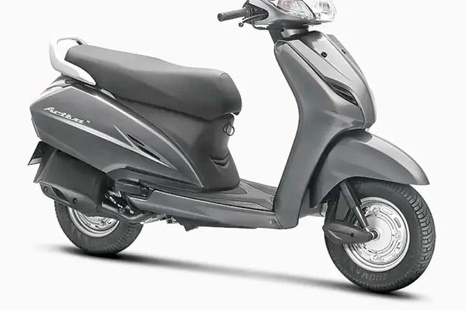 Rent a Scooter/Scooty in Jaisalmer