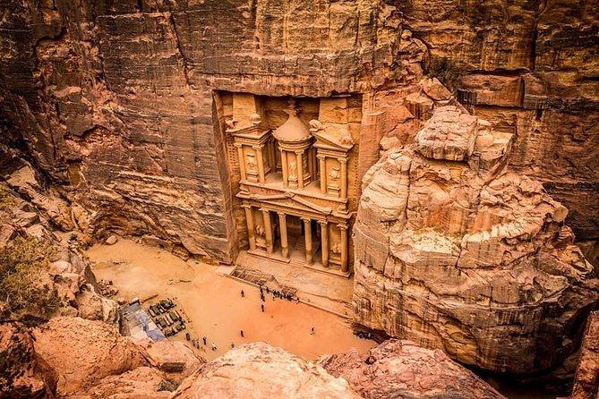 3 Days Private Tour : Amman, Jerash, Dead Sea, Petra and Wadi Rum