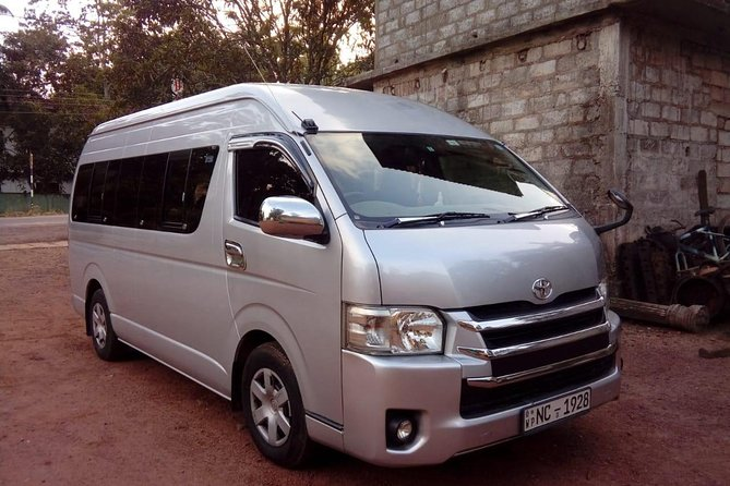 Colombo Airport Arrival Transfers From Colombo Airport to Hikkaduwa - Galle photo 1