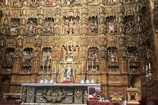 Guided tour of the Cathedral & Giralda with priority entrance