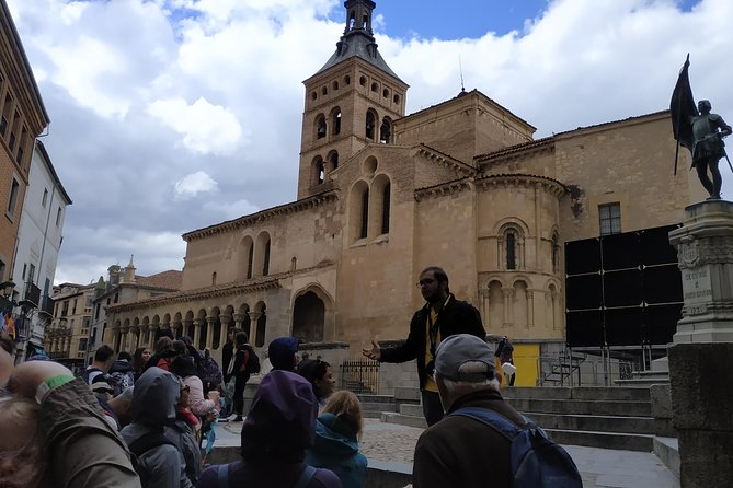 Segovia Tour with Guided Walking Tour Included