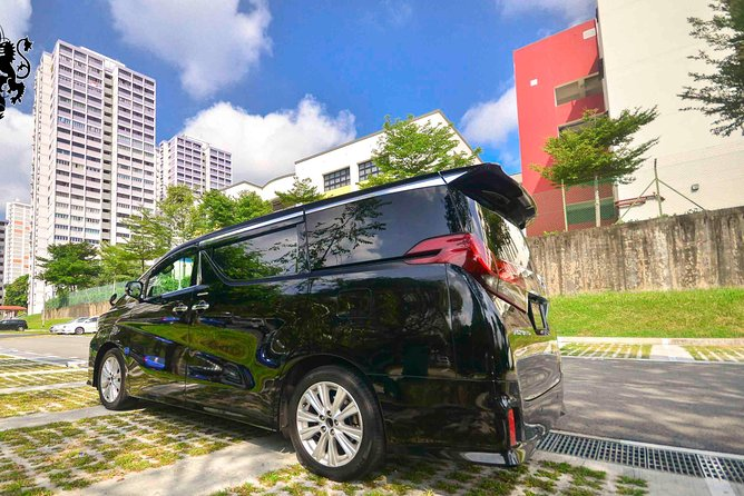Private Mini Van From Singapore Airport To Hotel In City
