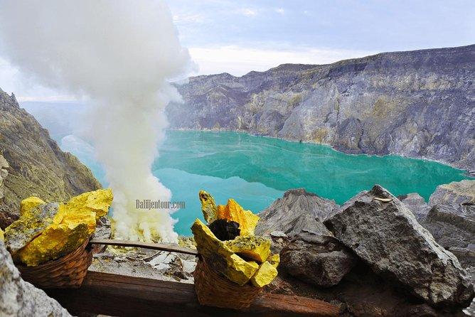 Ijen Crater tour from Banyuwangi