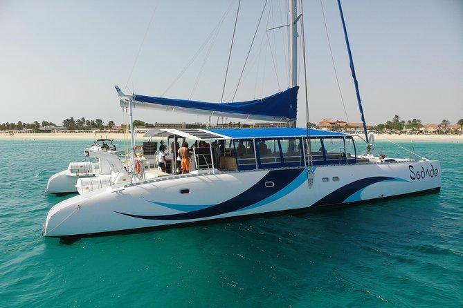 Lounge Catamaran SODADE Half-Day (Adults Only)
