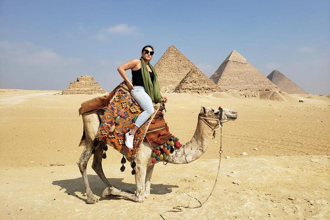 Special Offer to Visit Giza Pyramids and the Pharaonic Village.